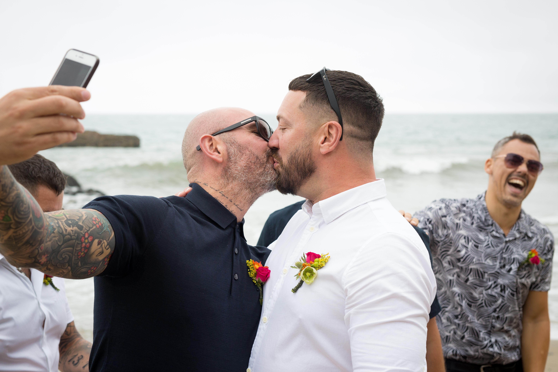 gay LA wedding officiant elope in LA